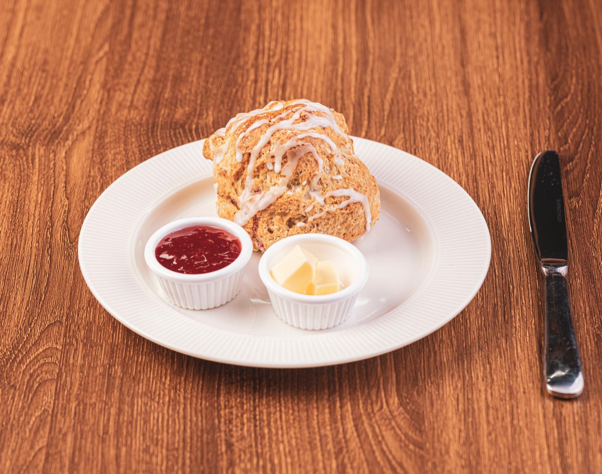 Wild Blackberry and Cream Scones – A Scottish Recipe